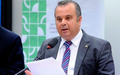 Marinho quer arquivar proposições  que versam sobre contribuição sindical