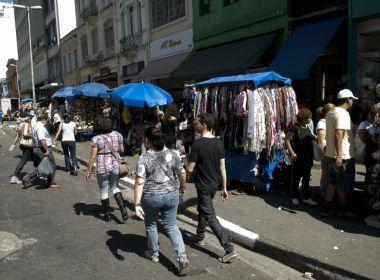 Informalidade melhora venda de supermercado e faz comércio crescer 1% em julho, diz IBGE