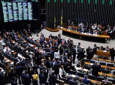 Câmara aprova MP que amplia para R$ 998 valor de saque do FGTS