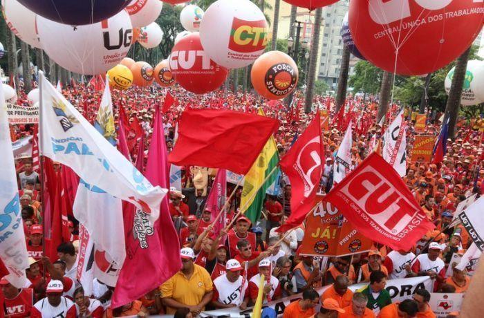 Nota das centrais: Exigimos providências para resguardar o Estado de Direito! Ditadura nunca mais!