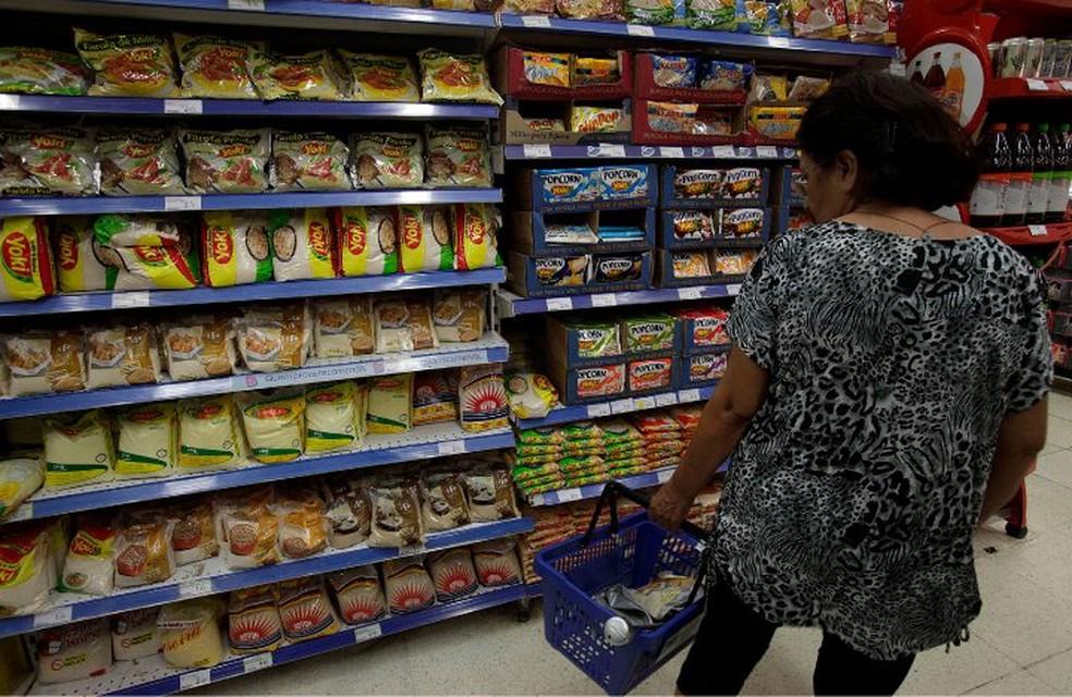 Atividade do comércio tem 2ª maior alta do ano em agosto, diz Serasa Experian